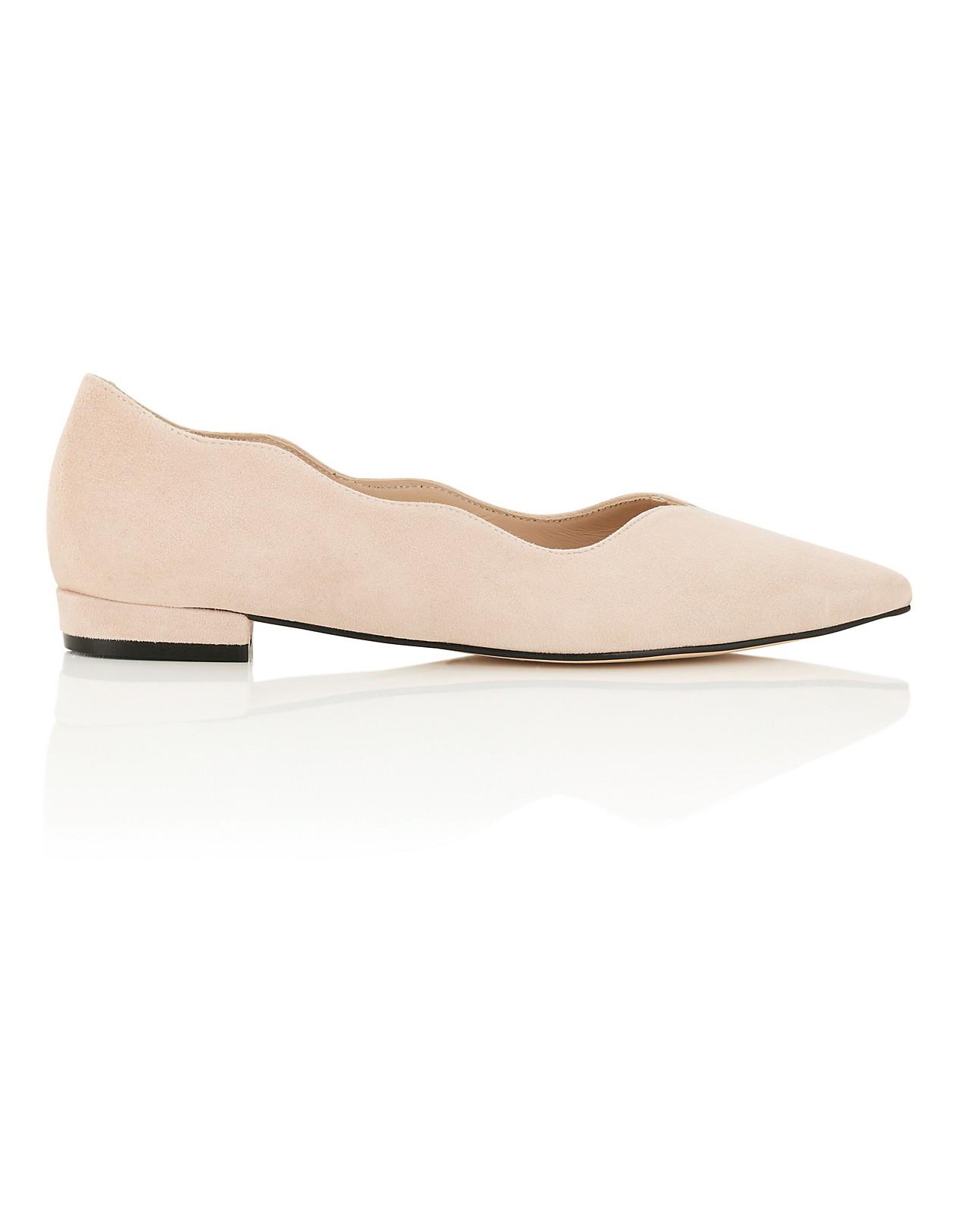 separation shoes 179b8 22a25 Ballerina aus Velours-Leder in spitz zulaufender Form ...