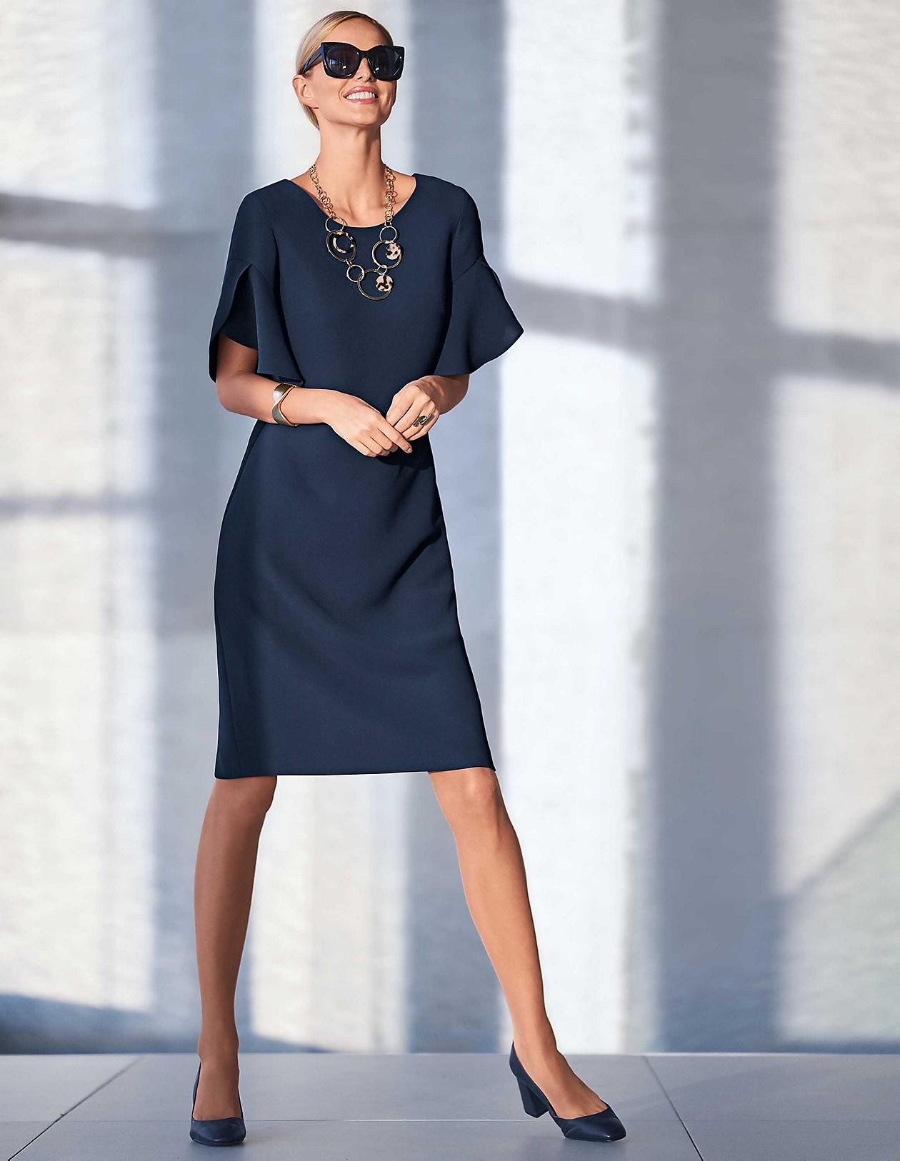 Kleid A A LinieMarineBlauMadeleine In Mode LinieMarineBlauMadeleine In Kleid XOwTPkZilu