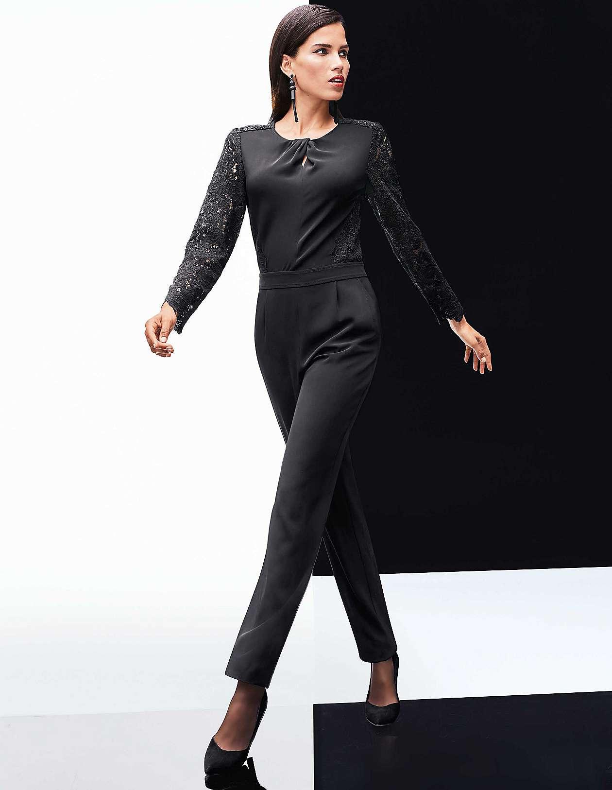 d2d4e74c3a10c0 Festliche Jumpsuits und elegante Overalls für Damen | MADELEINE Mode