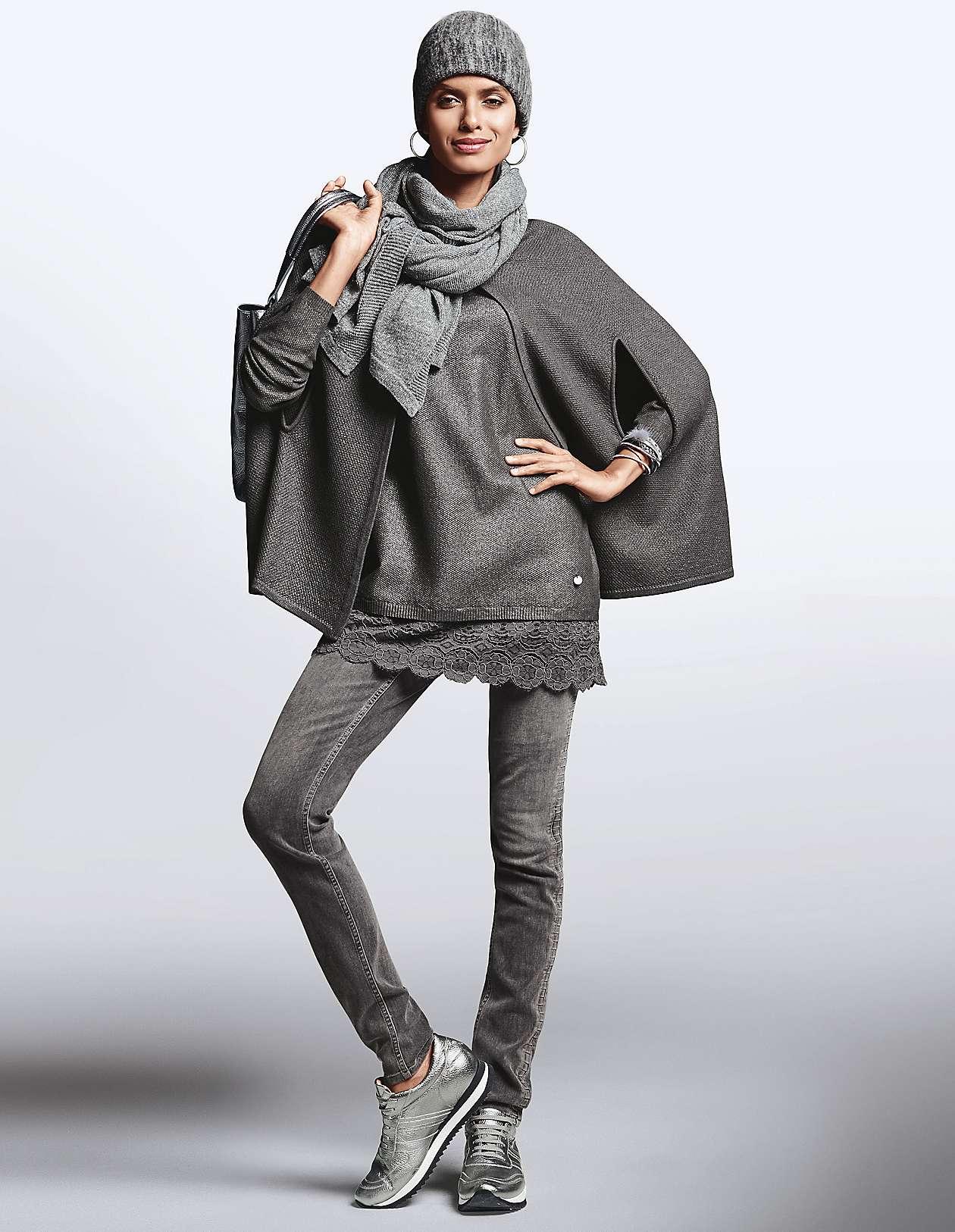 64051a486327d8 Modische und elegante Ponchos für Damen | MADELEINE Mode